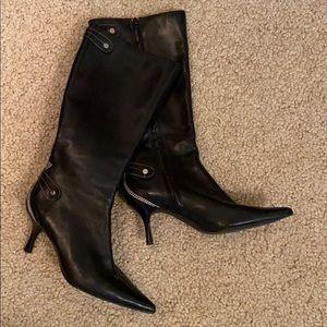 Black Boots ANNE KLEIN with Cream Stitching